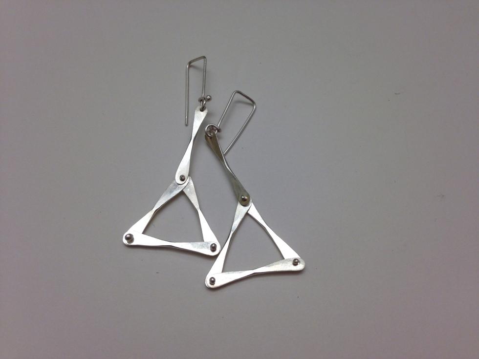 trianglears